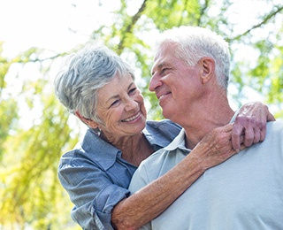 Learn how you can reduce hte risk of Alzheimer's by maintaining a healthy diet, getting physical, staying connected, continue to learn, learning to relax, and living with a purpose